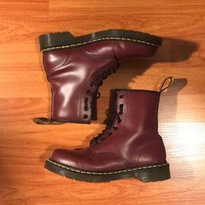 Dr. Martens Cherry Red 1460 Smooth